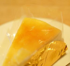 新見チーズケーキ